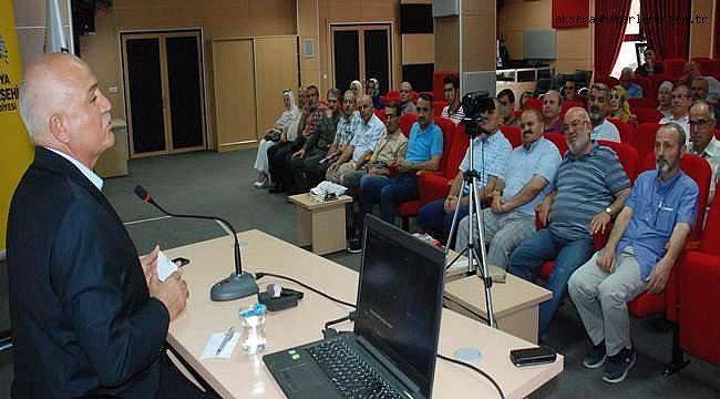 TYB'DE MUSTAFA KABAKCI KÜLTÜR- SİYASET İLİŞKİSİNİ ANLATTI