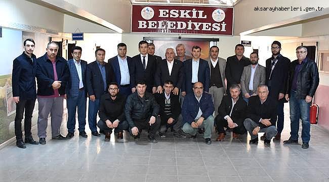 İL BAŞKANI ALTINSOY DAN ESKİL BELEDİYE BAŞKANI ALÇAY'A ZİYARET