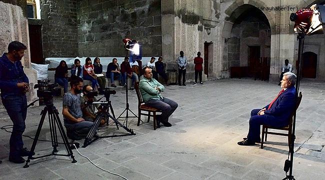ASÜ DE ÇEKİMLERİ YAPILAN GÖNÜLLÜ ELÇİLER PROGRAMI CUMARTESİ GÜNÜ TRT HABER'DE