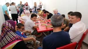 AKSARAY'DA GÖRME ENGELLİLER KUR'AN OKUMAYA BAŞLADI