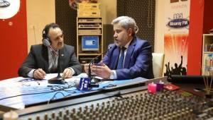 ASÜ REKTÖRÜ ŞAHİN, AKSARAY FM CANLI YAYININA KONUK OLDU