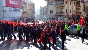 AKSARAY'DA ÖĞRENCİLERDEN 'BAHAR KALKANI OPERASYONUNA' DESTEK YÜRÜYÜŞÜ