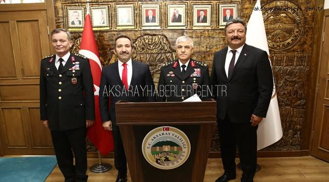 JANDARMA GENEL KOMUTANI ARİF ÇETİN VALİ ALİ MANTI'YA ZİYARETTE BULUNDU