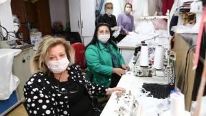 Aksaray'da Girişimci Kadınlardan Sağlık çalışanlarına Maske ve Tulum desteği