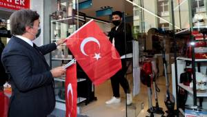 AKSARAY VALİSİ HAMZA AYDOĞDU'DAN BAYRAK ÇAĞRISI
