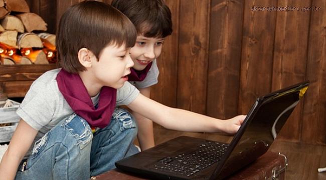 Her üç internet kullanıcısından biri çocuk