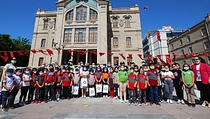 AKSARAY'DA 'POLİS' TEMALI RESİM SERGİSİNDE DERECEYE GİREN ÖĞRENCİLER ÖDÜLLENDİRİLDİ