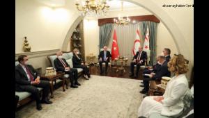 Kılıçdaroğlu, KKTC'de temaslarda bulundu