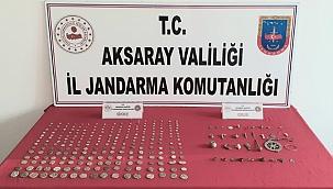 Aksaray'da 279 adet tarihi sikke ve objeyi satmak isteyen 2 kişi suçüstü yakalandı