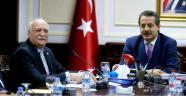 BAYRAKTAR 'KDV İNDİRİMİ ÇİFTÇİYE DOĞRUDAN VERİLMELİ'
